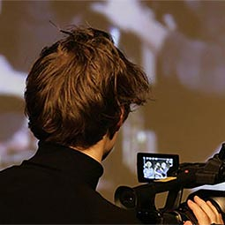 Un élève en stage de Réalisation du Cours Florent et du CLCF