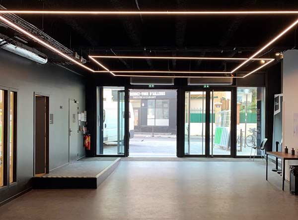 Découvrez l'accueil de la nouvelle adresse du Cours Florent Paris