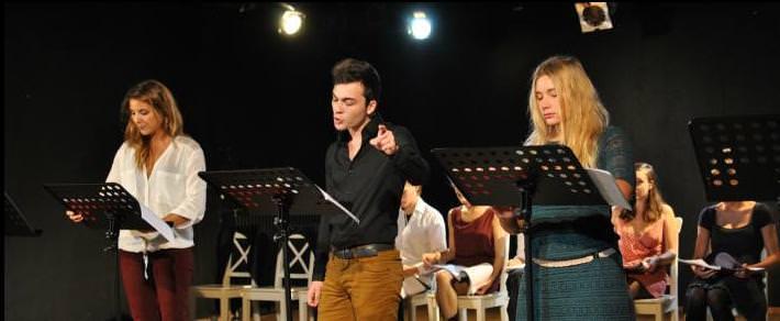 Le Cours Florent vous invite aux lectures de théâtre de Lancelot Hamelin avec les élèves de la Classe Libre.
